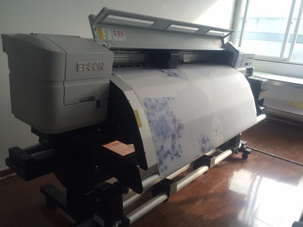 Professional China  high transfer rate 140gsm 54inch 100m per roll sublimation transfer paper for Bahrain Factory