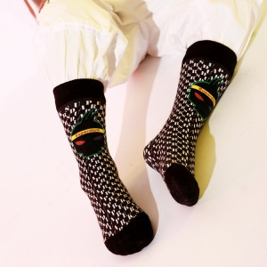 Wholesale Cheap Cotton Tube Women Crew Socks